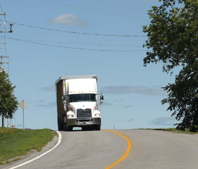Volailles-transport-gilles-lafortune-services-camion